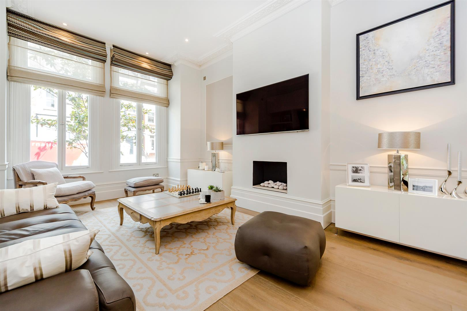 3 Bedrooms Flat for sale in Garden Maisonette, Carlingford Road, Hampstead Village, NW3
